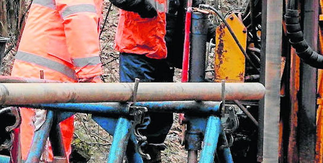 Na Jurze prowadzone były liczne odwierty. Oprócz Zawiercia pod uwagę brane są także, jako lokalizacja kopalni, Ogrodzieniec, Poręba i Łazy