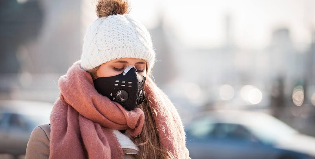 Najbardziej skryty wróg naszego zdrowia jest znany pod nazwą pyłu PM2,5. W pewnym stopniu chroni przed nimi maseczka.