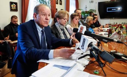 - O realizację w Rzeszowskim Budżecie Obywatelskim walczyło 87 zadań. Mieszkańcy oddali 15066 głosów. Przez internet wpłynęło ich tym razem 9315 czyli