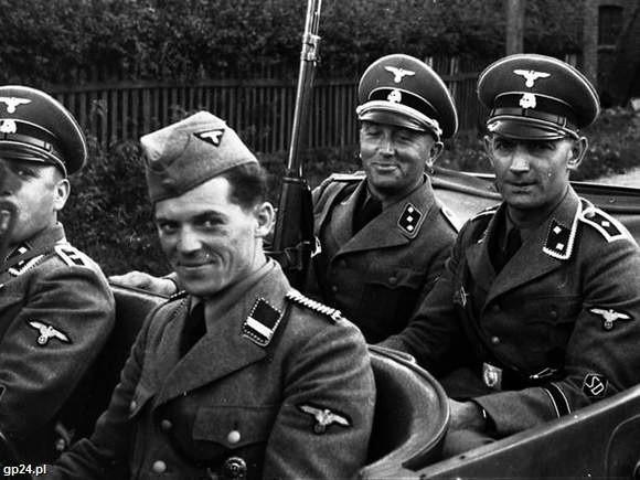Oficerowie Einsatzgruppe IV