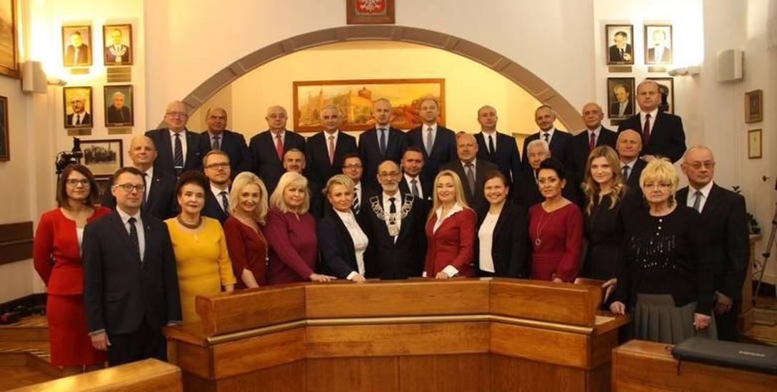 Siedmiu milionerów w ławach miejskich radnych Lublina
