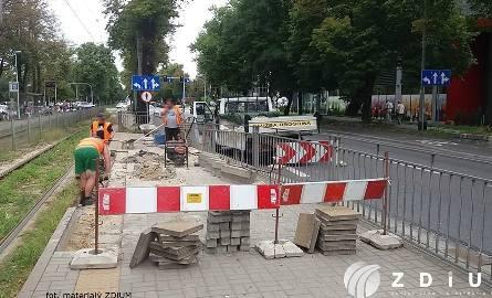 Na przystanku tramwajowym przy Sky Tower pojawi się przejście dla pieszych