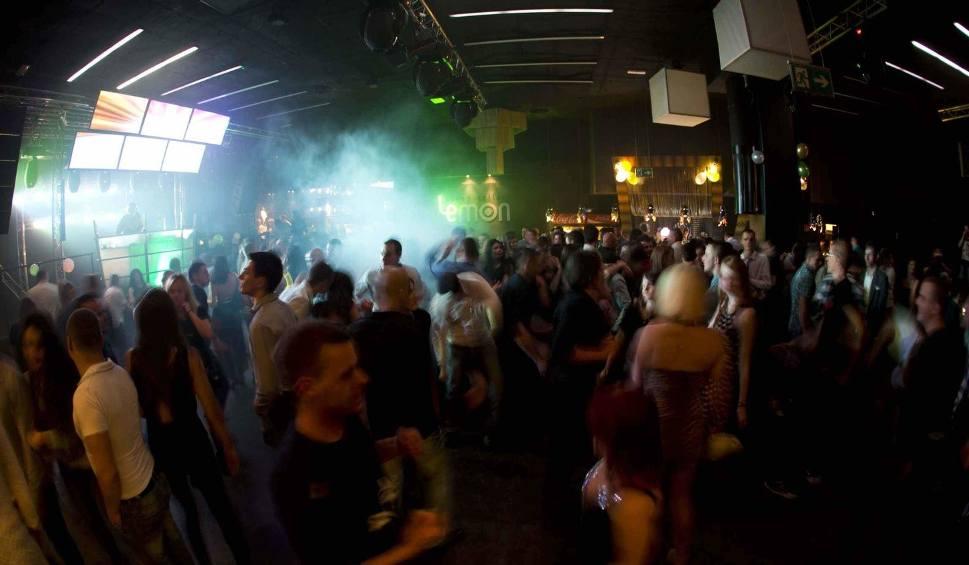 Film do artykułu: [WIDEO] Sylwester 2013/14 w radomskim klubie Lemon (zdjęcia)
