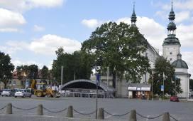 Stary Rynek w Łowiczu i sąsiednie ulice zamknięte dla ruchu kołowego