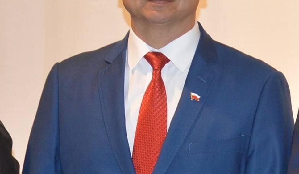 Film do artykułu: Nowe Brzesko. Burmistrz Krzysztof Madejski złożył ślubowanie