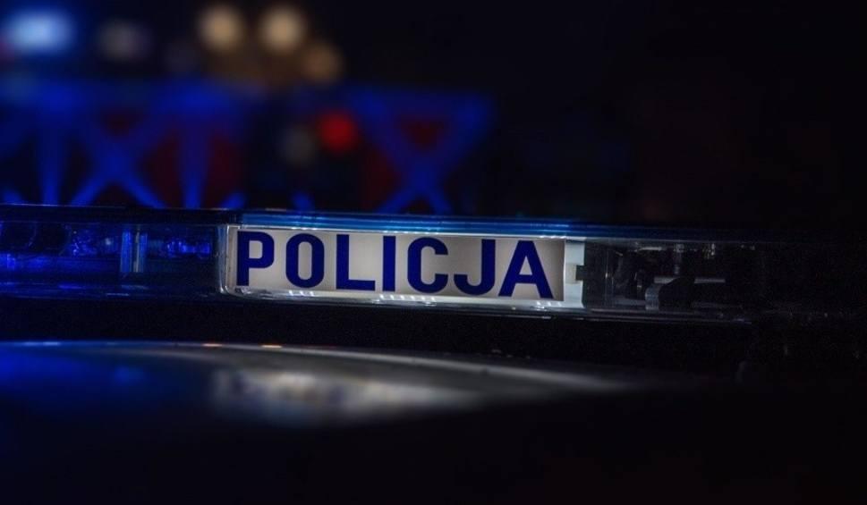 Film do artykułu: Policjant z Ostrowca po służbie odnalazł zaginionego