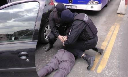 Poprzednia akcja bydgoskiej policji miała miejsce 27 marca. W centrum miasta przy ulicy Jagiellońskiej zostali zatrzymani czterej podejrzani o udział