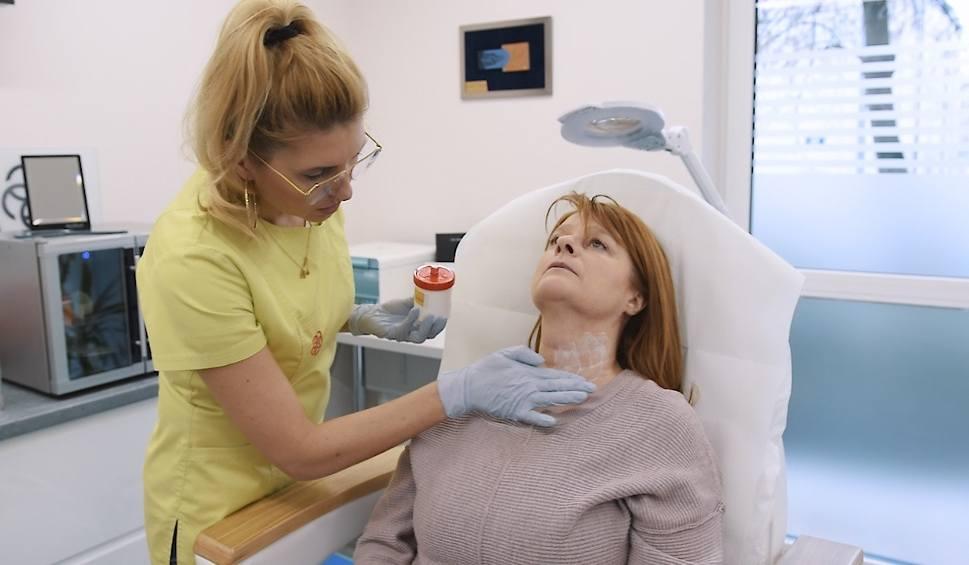 Film do artykułu: Zmień się na Zdrowie - Metamorfozy (odcinek 4) Dorota Miarkowska: - Bałam się, że będzie bolało. Niepotrzebnie