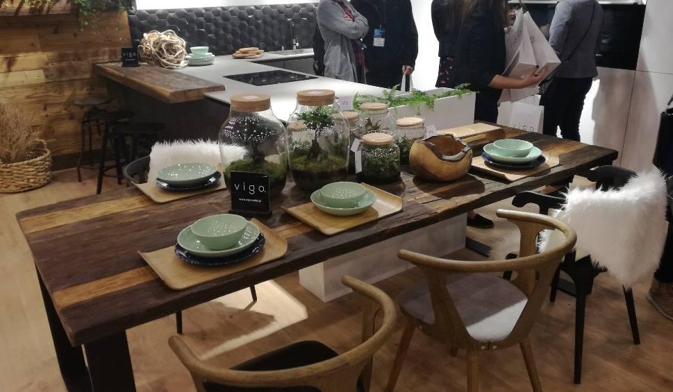 Film do artykułu: 4 Design Days i wystrój wnętrz: dzień drugi, 16.02. Zobaczcie te stoły! ZDJĘCIA Najnowsze trendy wyposażenia wnętrz zobaczysz w Katowicach
