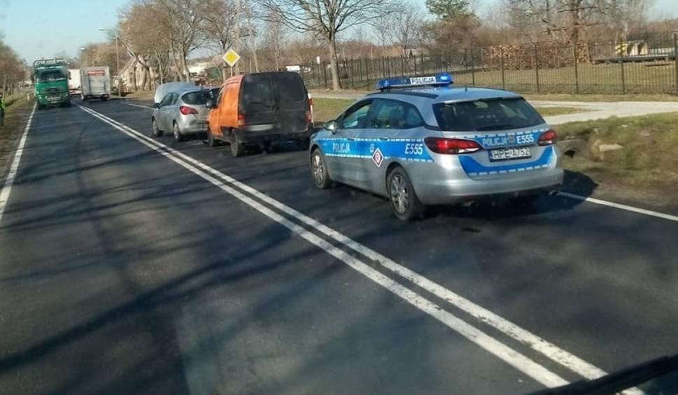 Film do artykułu: Wypadek koło Krosna Odrzańskiego. Jedna osoba została ranna