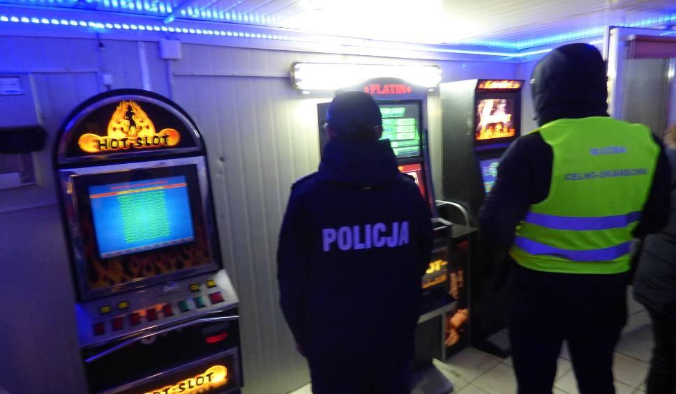 Film do artykułu: Skontrolowali lokal w Sandomierzu, przejęli trzy nielegalnie działające automaty