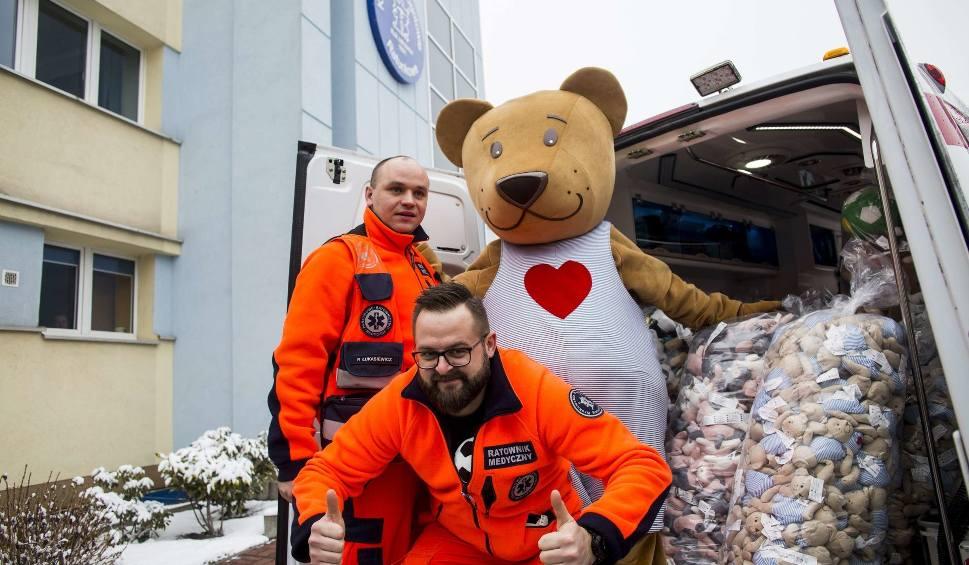 Film do artykułu: Pluszaki trafią do karetek Krakowskiego Pogotowia Ratunkowego. Ruszyła zbiórka w IKEA