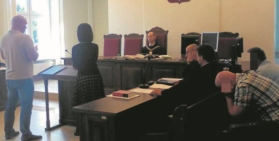Proces Zbigniewa H. I Wiesława B., który toczy się przed Sądem Okręgowym w Białymstoku, ruszył we wrześniu. Obaj oskarżeni odpowiadają z wolnej stop