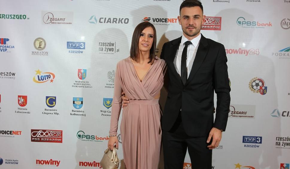 Film do artykułu: Żona jest najwierniejszym fanem Konrada Domonia, kapitana Apklan Resovii [STADION]