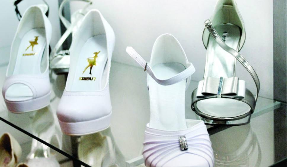 af5c7dfef2ed43 Klientki rzeszowskich sklepów najczęściej wybierają na ślub buty z  okrągłymi noskami.