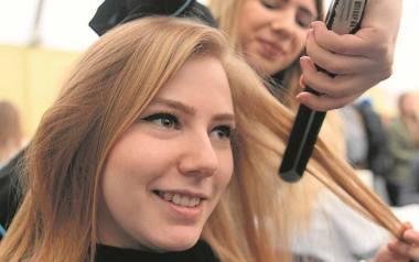 Jednym z największych problemów dla właścicieli zakładów fryzjerskich jest znalezienie wykwalifikowanego pracownika
