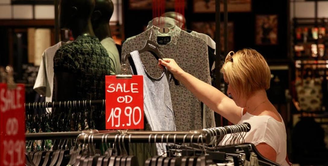 Zakaz handlu w niedziele może kosztować 40 tysięcy etatów i niższe wynagrodzenia dla zatrudnionych w tym sektorze