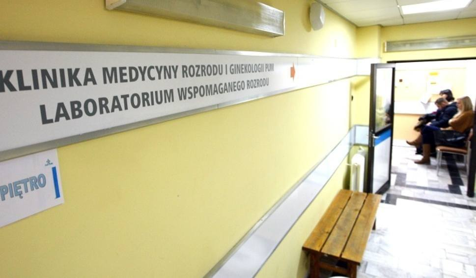 Film do artykułu: Śledczy wracają do pomyłki in vitro w Policach