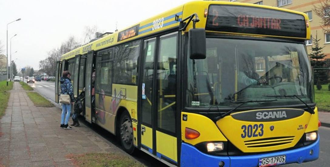Młody kierowca pomylił w Słupsku trasę i autobus ominął kilka przystanków