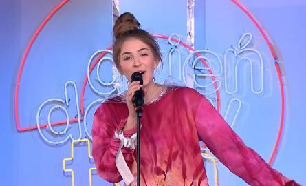 """Amelia Andryszczyk w piosence """"Nie pozwolę nam się bać"""". Ostrowianka na scenie Dzień Dobry TVN. Posłuchajcie!"""
