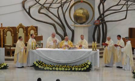 Ogólnopolska Pielgrzymka Czcicieli Bożego Miłosierdzia z okazji 15-lecia konsekrowania sanktuarium