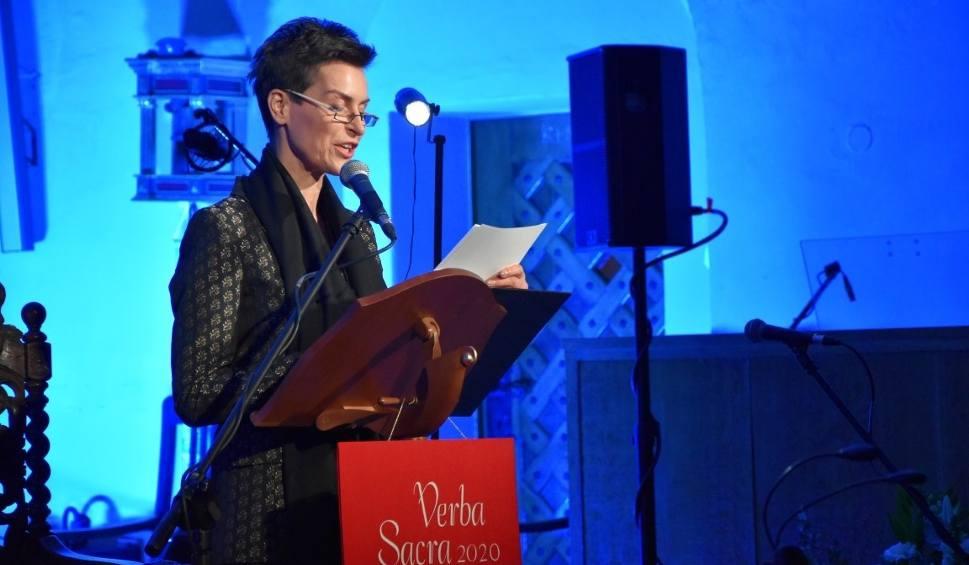 Film do artykułu: Verba Sacra w Wejherowie. Danuta Stenka czytała fragmenty Biblii w języku kaszubskim [zdjęcia, wideo]