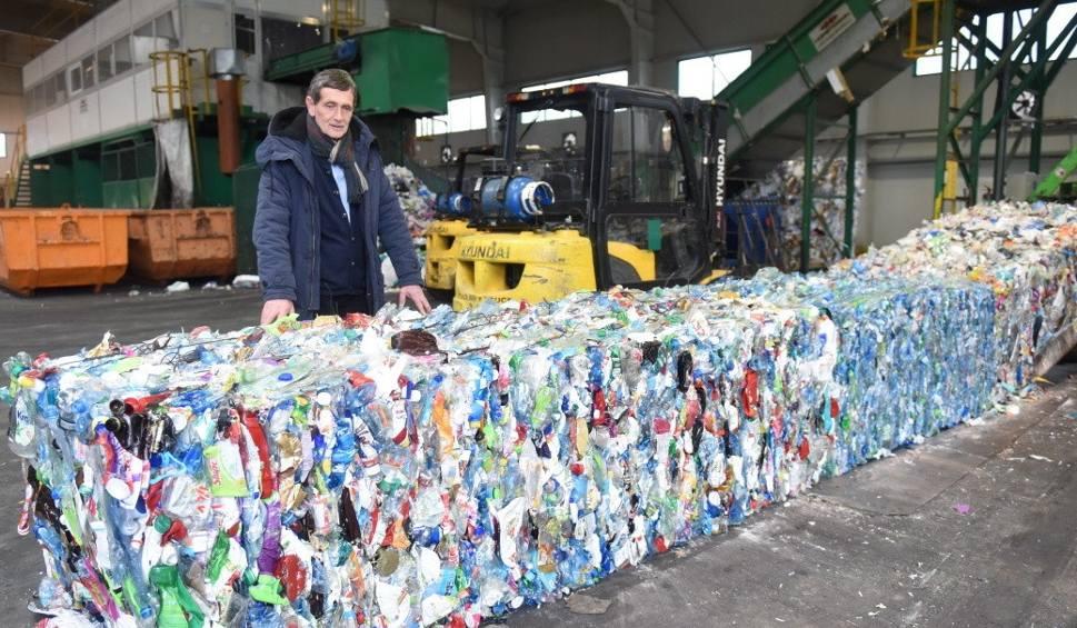 Film do artykułu: Janusz Kubicki, prezydent Zielonej Góry zapowiedział wzrost opłat za śmieci. Czy podwyżki są konieczne? [WIDEO, ZDJĘCIA]