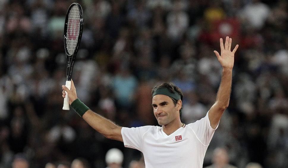 """Film do artykułu: Roger Federer sprawił niespodziankę nastoletnim tenisistkom, które podbiły Internet. """"Mecz na dachu był dla mnie specjalnym doświadczeniem"""""""