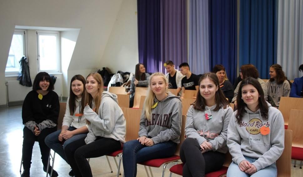 Film do artykułu: Uczennice Zespołu Szkół w Kozienicach doskonaliły swoje umiejętności w Wiedniu