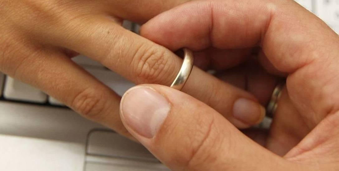 Coraz mniej ludzi decyduje się na małżeństwo? Na Podkarpaciu wciąż jest więcej ślubów kościelnych, niż cywilnych