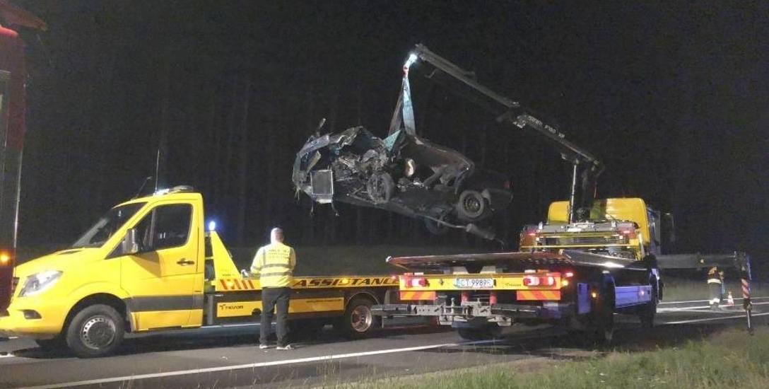 W ub.r w Toruniu i okolicy w wypadkach drogowych zginęły 23 osoby. W roku bieżącym już 16. Śledczy mówią o twardym kursie wobec sprawców. Stąd wniosek