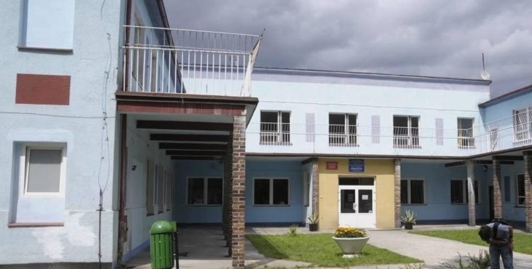 Firma z Falmirowic kupiła budynek po sanatorium w Suchym Borze, politycy Prawa i Sprawiedliwości chcą wyjaśnień w sprawie transakcji