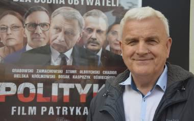 """Andrzej Sztorc zerwał z polityką, ale wciąż obserwuje to, co dzieje się w jego partii. Krytykuje działania  sterników """"ludowców"""", a koalicję z Kukizem"""