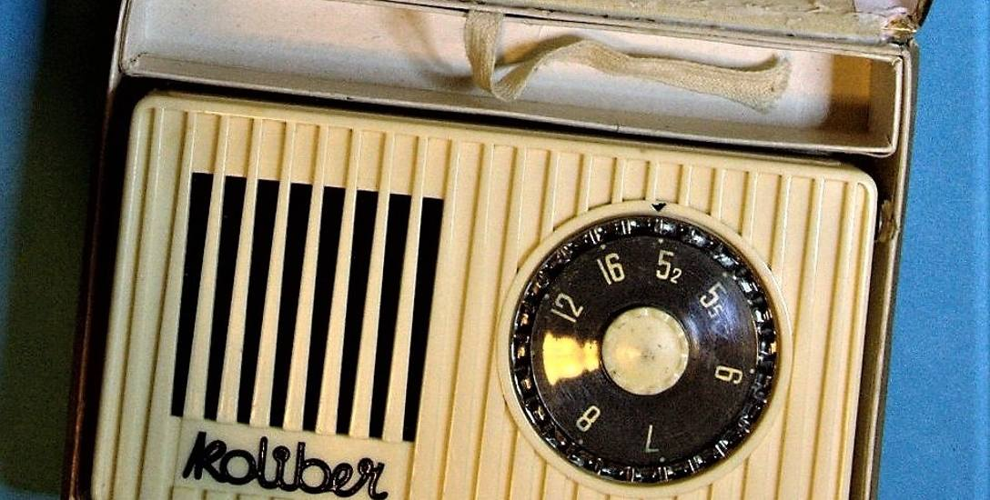 """Po takie produkty jak przenośne radio """"Koliber"""" z Eltry, czy rowery i motorowery z """"Rometu"""" ustawiały się długie kolejki"""