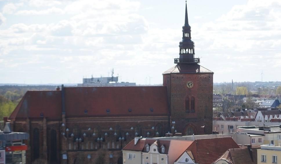 Film do artykułu: Patriotyczne wiersze i ballady w kościele Mariackim