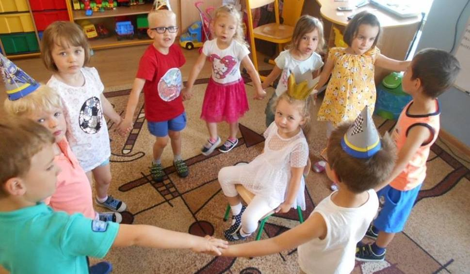 Film do artykułu: Bajkowe Przedszkole ze Stąporkowa trzecim przedszkolem roku 2018 w powiecie koneckim