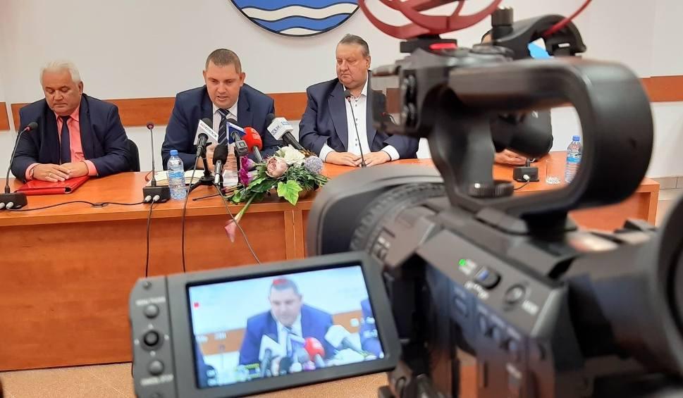 Film do artykułu: Szpital w Białogardzie znowu należy do powiatu. Prywatna spółka zwróciła go starostwu