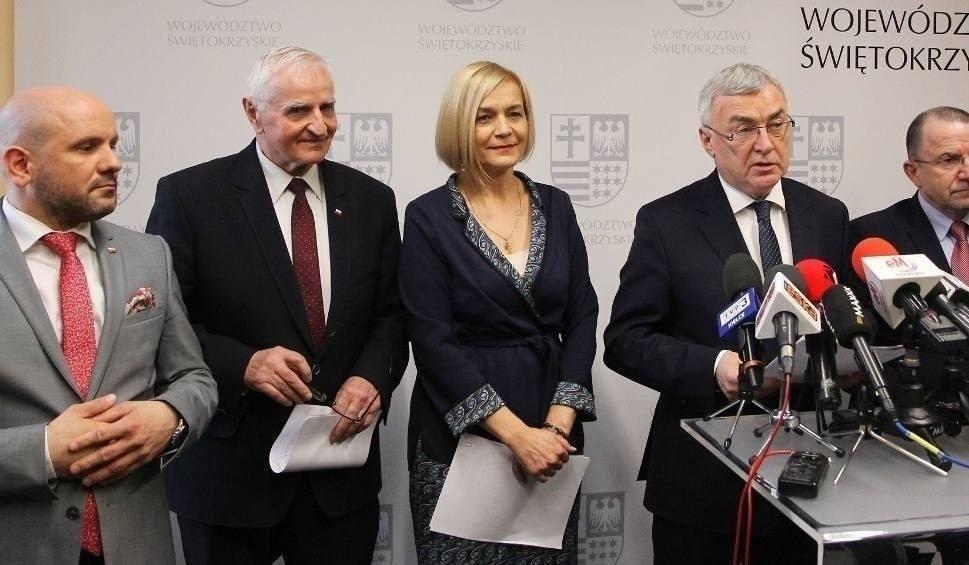 Film do artykułu: Znamy nowy schemat organizacyjny Urzędu Marszałkowskiego Województwa Świętokrzyskiego. Jest rewolucja - wielka władza w ręce marszałka