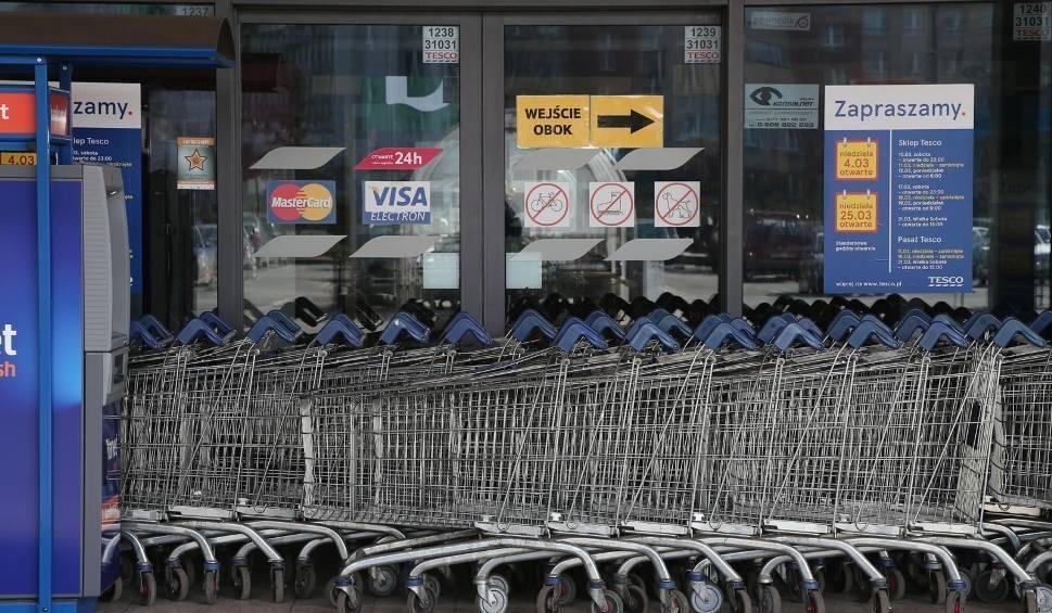 Film do artykułu: Zakaz handlu w niedziele. 18 marca inspekcja pracy znów będzie kontrolować sklepy w województwie opolskim