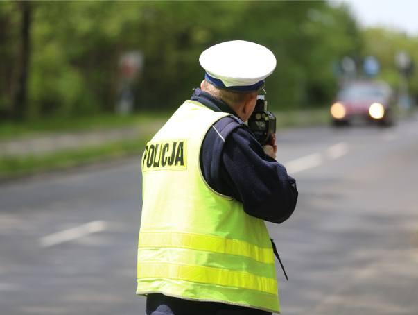 Policjant o swojej pracy: Z nudów patrzę jak liście spadają [STENOGRAMY]