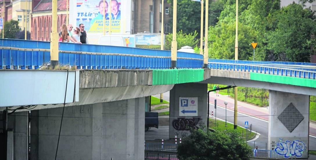 Przez większość czasu modernizacja będzie prowadzona pod i z boku Trasy Zamkowej. Nowy asfalt pojawi się dopiero na końcu prac. Nie wiadomo, kiedy będzie