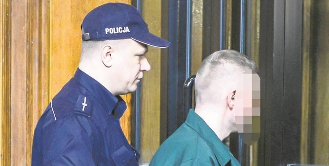 """Marcin P. w drodze na ławę oskarżonych w gdańskim sądzie. Były prezes Amber Gold siedzi w areszcie w """"sposób przewlekły""""?"""