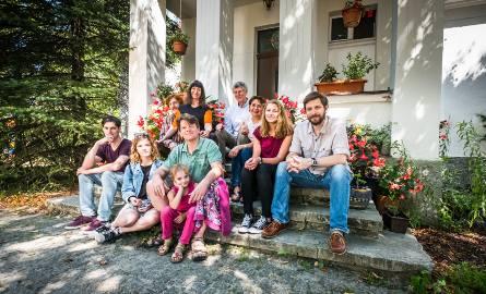 Fiedlerowie. Trzy pokolenia pisarzy i podróżników