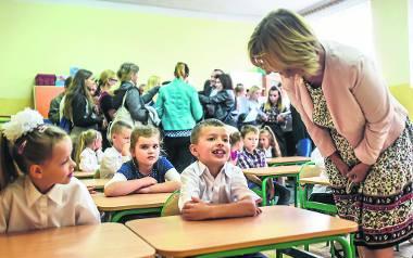 Niedostosowane budynki pogimnazjalne najbardziej dają się we znaki najmłodszym uczniom