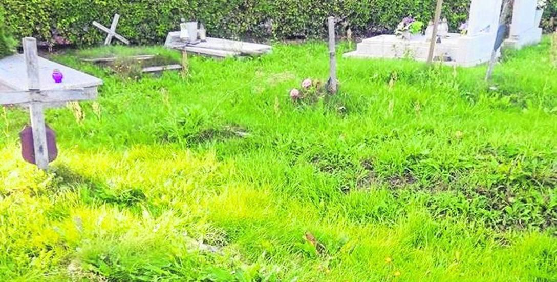 Zdaniem czytelnika o takie groby powinno dbać miasto