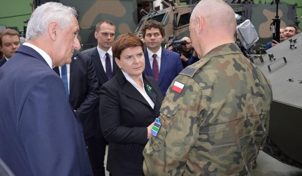 Film do artykułu: Premier Beata Szydło z wizytą w Hucie Stalowa Wola