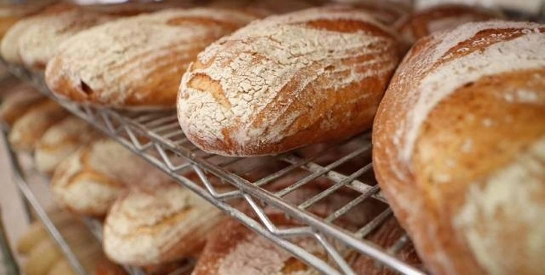 """Prąd """"upiecze"""" droższy chleb. Z czego wynikają rosnące ceny pieczywa?"""