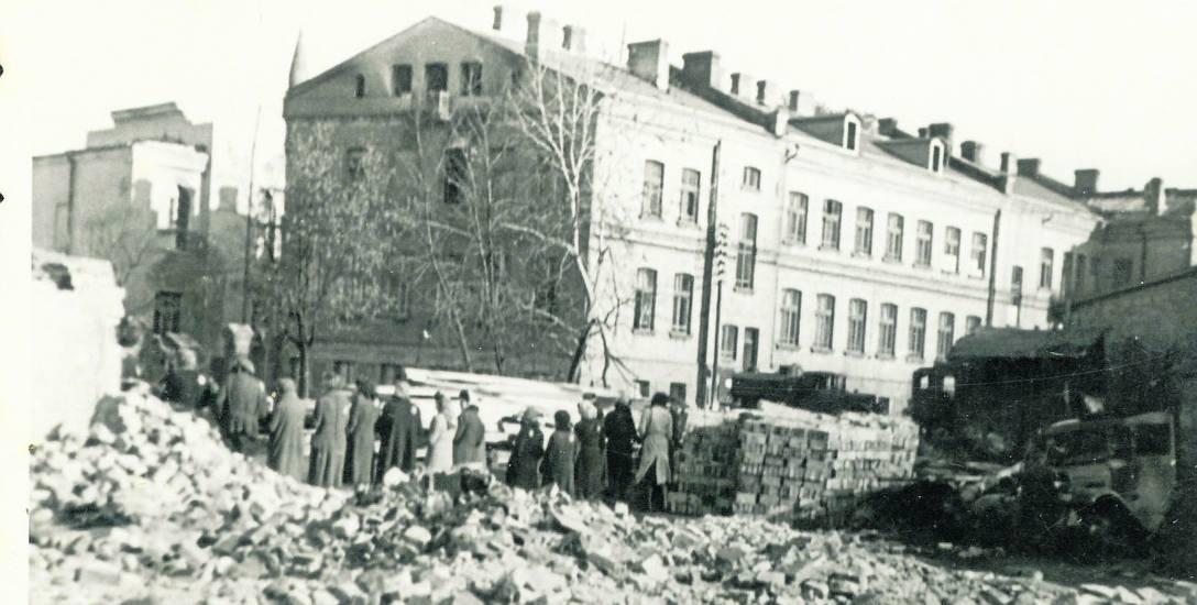 Poczta przy ulicy Kościelnej. Lata 40. XX w.