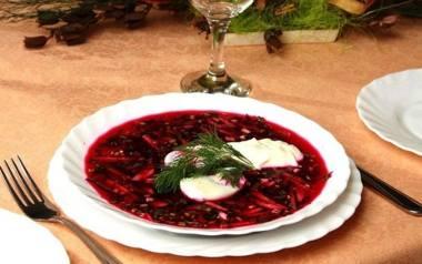 Potrawy wigilijne. 12 tradycyjnych potraw na wigilijny stół (przepisy)