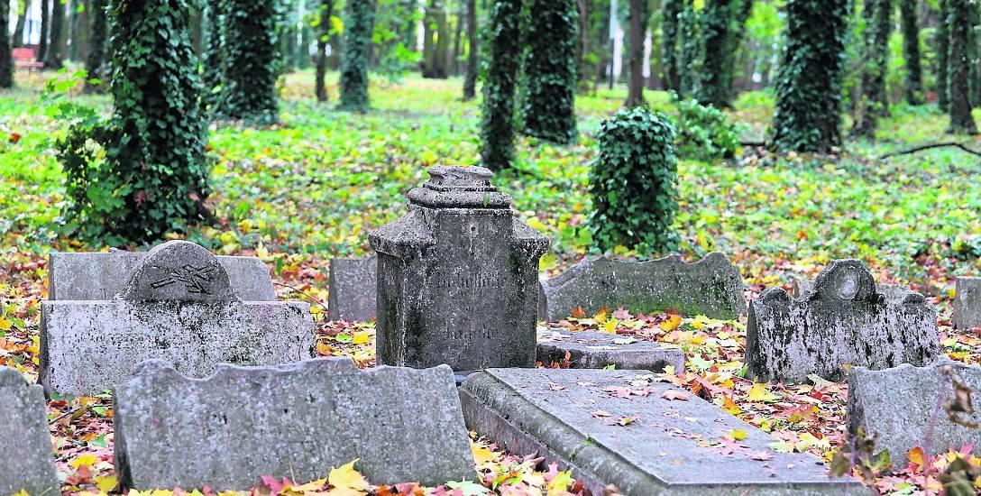 Cmentarze w Łodzi, których już nie ma. Jeden z nich był na placu Wolności